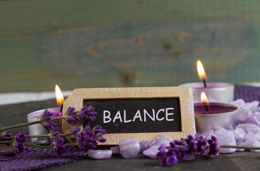 Balance Candle Purple